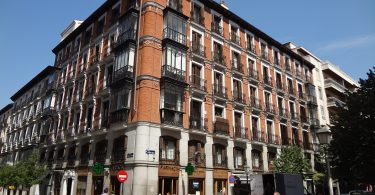 3 Best Hotel & Restaurants In Madrid Barrio De Las Letras (Huertas)