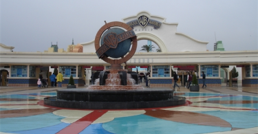Theme Parks In Spain - Warner, A Blockbuster Park