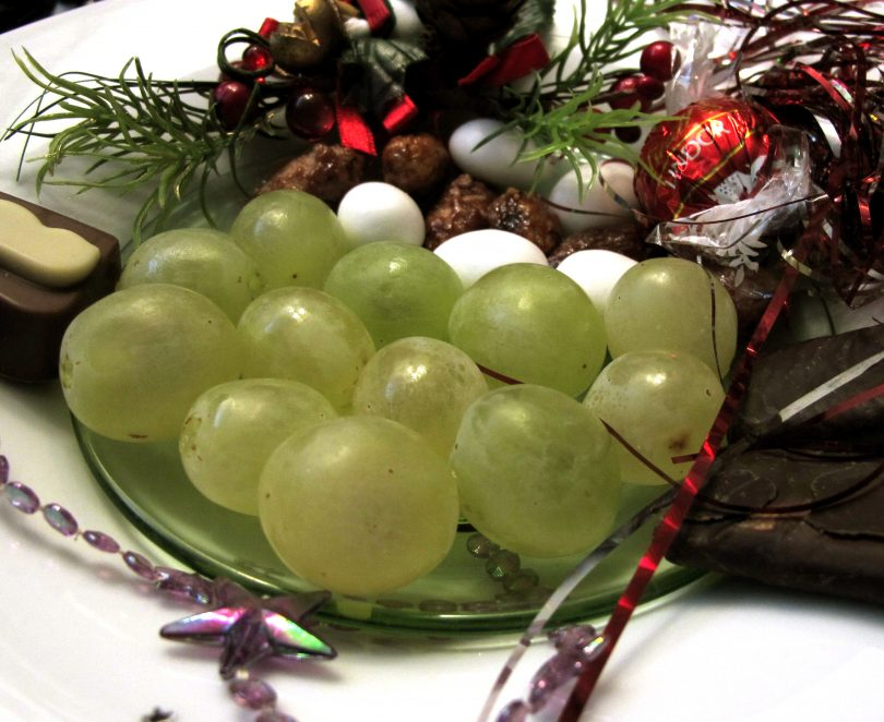 The 12 lucky grapes of New Year in Madrid