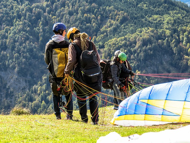 where to go paragliding in madrid takeoff