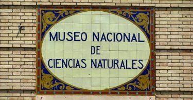 sign of museo nacional de ciencias naturales
