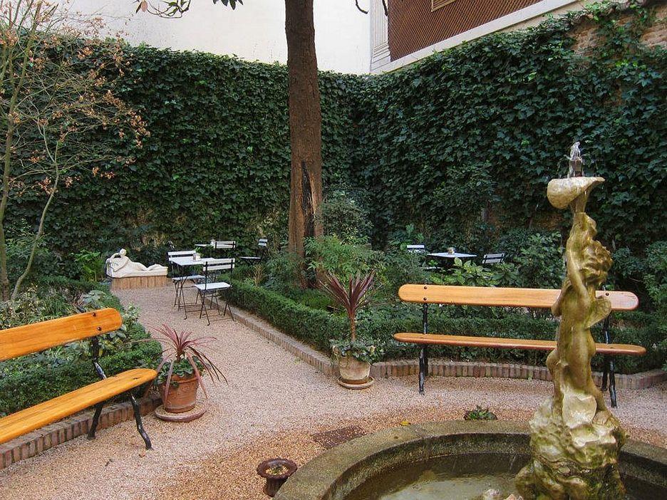 Why take time out to visit caf del jard n shmadrid for Cafe el jardin madrid