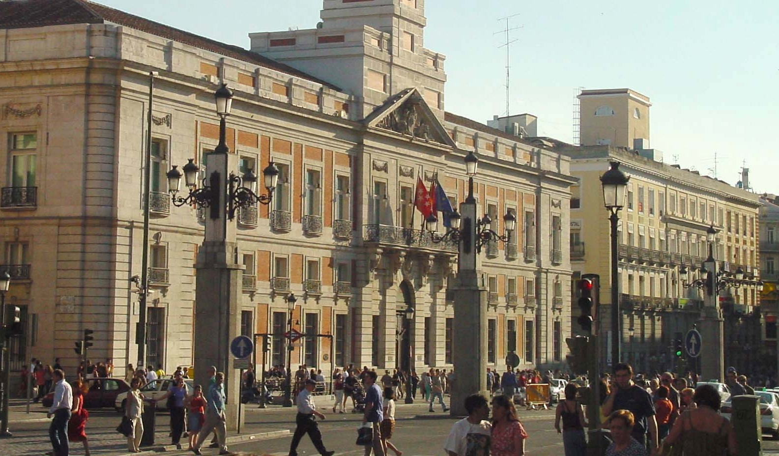 The 12 lucky grapes of new year in madrid shmadrid Uvas puerta del sol