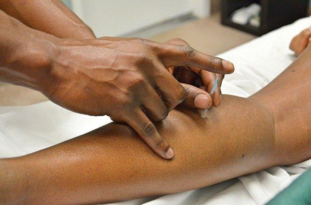 needles in leg