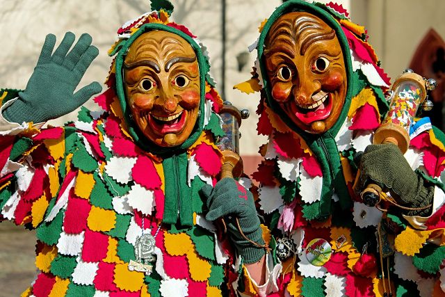 two carnaval figures